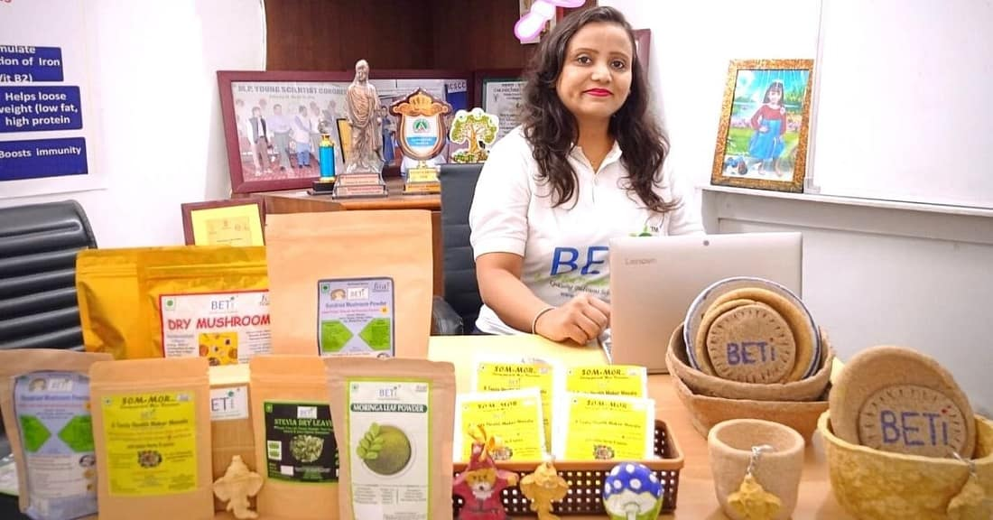 Biotechnologist's Startup Turns Stubble Into Eco-Friendly Packing Material, Earns Rs 15 Lakh/Year
